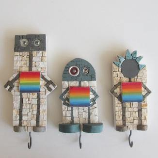 Gruppo di tre robottini