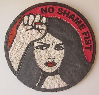 no shame fist, da un disegno di Marjane Satrapi
