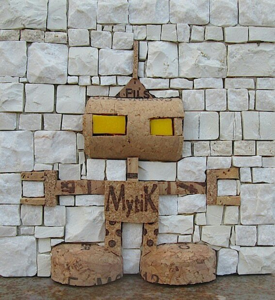 robottino mytic, tutto sughero-439821447..jpg