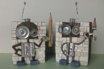 TEMPERINO 1 e 2, portapenne robottini