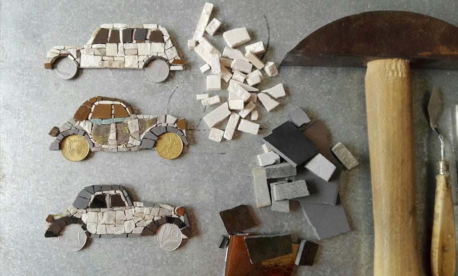 Vintage cars, calamite artistiche, materiali e strumenti di lavoro